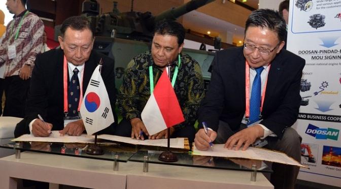 Indo Defence 2018: PT Pindad Teken Beberapa MoU Dengan Mitra Strategis