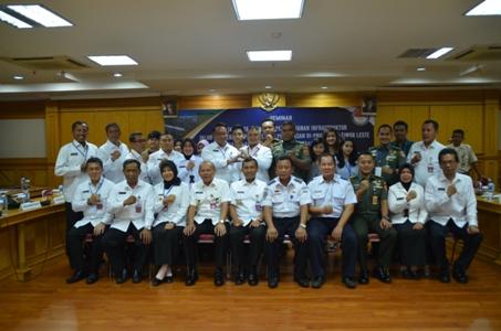 seminar litbang pemanfaatan rencana pembangunan infrastruktur jalur rel kereta api di wilayah perbatasan RI-PNG dan RI Timor Leste