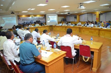 Seminar penataan wilayah pertahanan untuk mendukung operasi gabungan TNI di wilayah Indonesia Barat