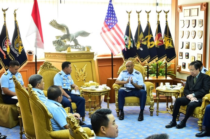 Commander US Pacaf dan Kasau Bahas Peningkatan Kemampuan F-16 TNI AU