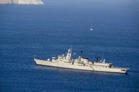 HS Navarinon, salah satu fregat milik AL Yunani. (Shutterstock)