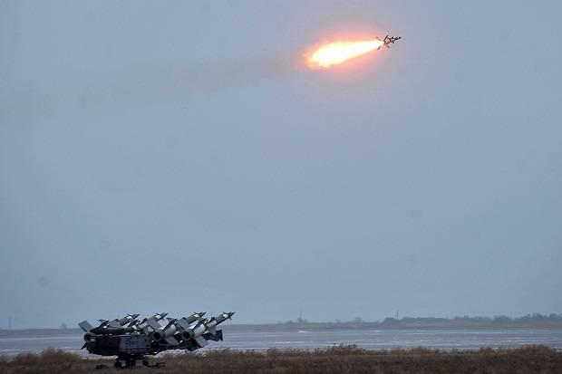 https://lancerdefense.files.wordpress.com/2018/12/uji-coba-sistem-pertahanan-rudal-s-125-ukraina-di-odesa-oblast-rabu-05122018-kementerian-pertahanan-ukraina.jpg