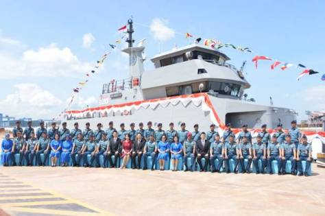 Wakasal Laksamana Madya TNI Wuspo Lukito mengukuhkan komandan kapal KAL Kadet V-06 dan KAL Kadet V-07. Dok Penlantamal IV