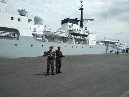HAI YANG 26 merapat di Surabaya