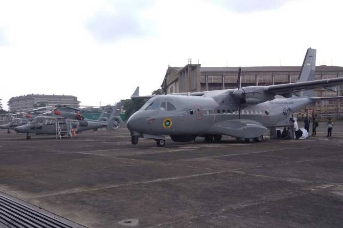 TNI AL Terima Satu CN 235-220 MPA dan Lima Helikopter AS565 MBe Panther