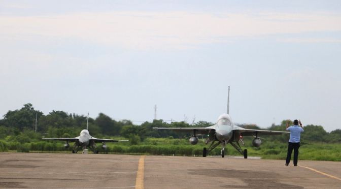 T-50i Bertolak ke Bandara Internasional Lombok