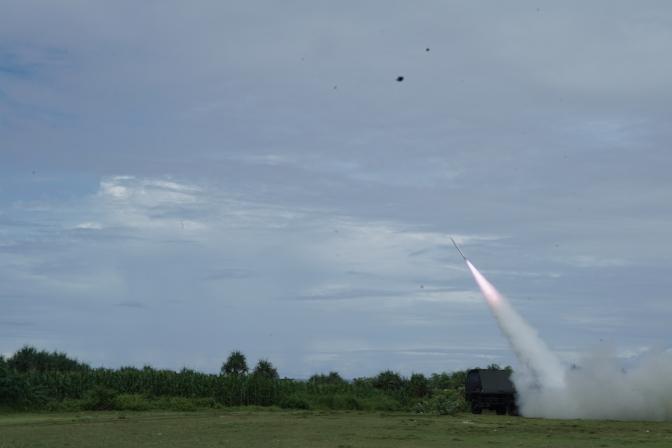 Uji Terbang RX-1220 Lapan
