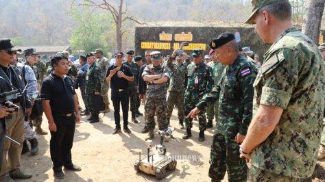Asops Panglima TNI Mayjen TNI Ganip Warsito, S.E., M.M., meninjau The Combined Arm Live Fire Exercise (Calfex) 4
