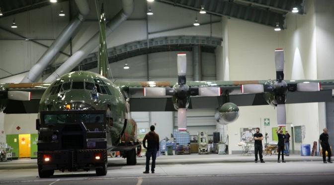 PT GMF AeroAsia Tbk Akan Modifikasi dan Rawat Hercules C-130 TNI AU