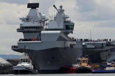 HMS Queen Elizabeth milik Angkatan Laut Kerajaan Inggris. (REUTERS)