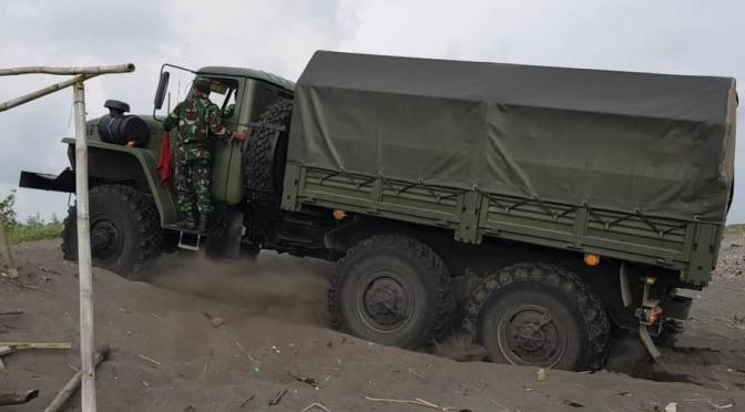 Uji Coba Rantis SADKO NEXT 4X4 dan URAL 6X6 Produksi Rusia