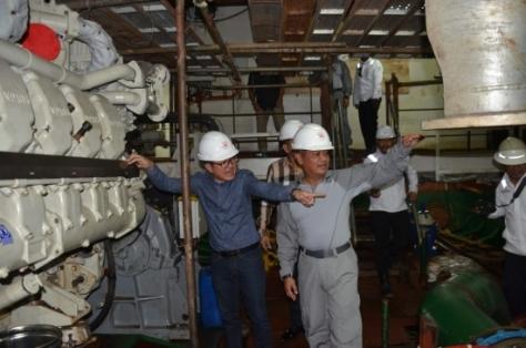Kepala Badan Keamanan Laut (Bakamla) Laksdya Bakamla A Taufiq R meninjau langsung kecanggihan Kapal Negara (KN) 80 meter sebelum diserahkan kepada Bakamla, di Galangan PT. Citra Shipyard