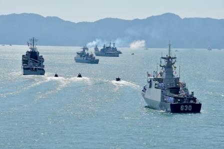 KRI Halasan-630 bersama KRI Banda Aceh-593 mengikuti LIMA'19 Sea Exercise