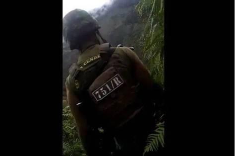 Pratu Kristopel Kreku dan anggota prajurit Raider Yonif RK 751 VJS berhasil menyergap anggota kelompok kriminal separatis bersenjata OPM pimpinan Bilkuis Kogoya yang membawa senjata api standar militer SS1. IST
