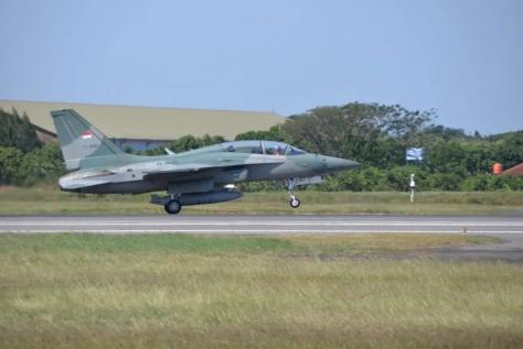 Latihan Serangan Udara F-16 dan T-50i TNI AU 1