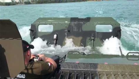 Pandur II 8x8 Uji Amfibi di Banten (Indomiliter)