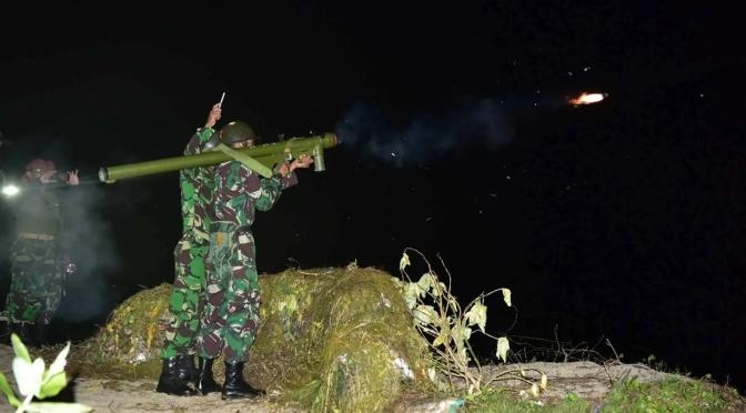 Penembakan Rudal QW-3 di Pantai Santolo