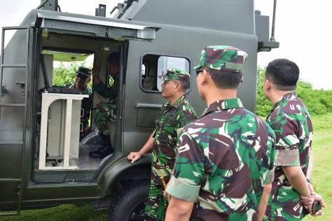 Penembakan rudal QW-3 di Pantai Santolo, Kecamatan Pameungpeuk. (24042019) 4 (Smart Hunter)