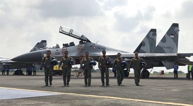 KSAD dan KSAL Terima Wing Kehormatan Penerbang
