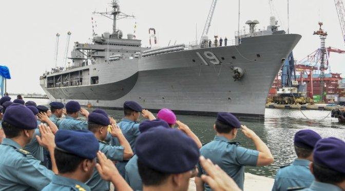 USS Blue Ridge (LCC-19) Kunjungi Jakarta (Foto)