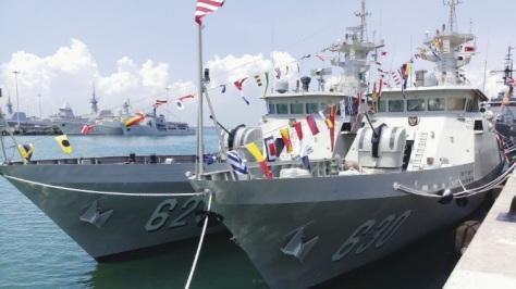 Two KCR-60M vessels, Tombak and KRI Halasan, at RSS Singapura – Changi Naval Base for the 2019 IMDEX exhibition. IHS Markit Ridzwan Rahmat