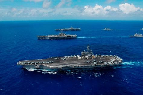 USS Ronald Reagan (bawah), USS Kitty Hawk, (tengah), USS Abraham Lincoln (atas). (istimewa)