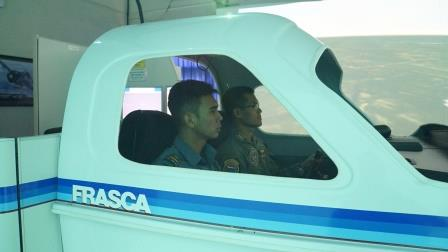 Siswa Pabang TNI AL laksanakan pelatihan Flight Simulator