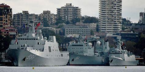 Tiga kapal perang China mendarat di pelabuhan Sydney, Australia. (PETER PARKS - AFP)