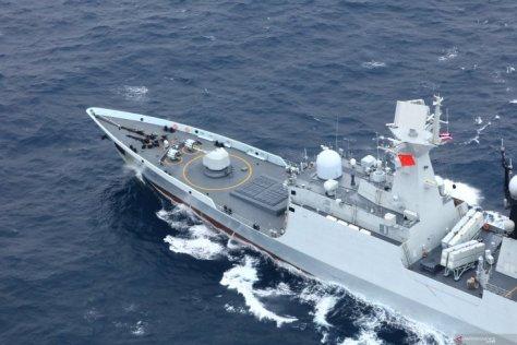 Kapal fregat rudal kendali Yueyang (Reuters)