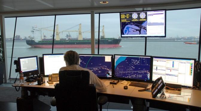 Pemerintah Indonesia Akan Kontrol Lalu Lintas Kapal di Selat Sunda dan Lombok