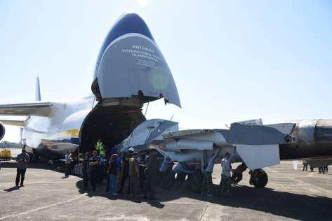 Su-30 TS-3001 tiba dari Belarusia di lanud Sultan Hasanuddin 28072019 (IMF) 3