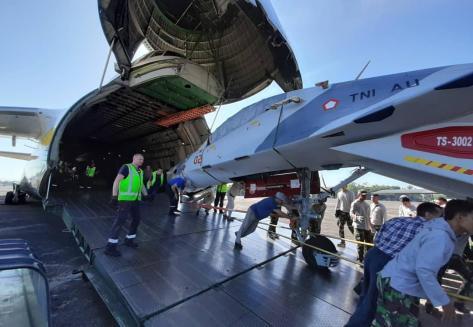 Su-30 TS-3002 tiba dari Belarusia di lanud Sultan Hasanuddin 28072019 (IMF) 3