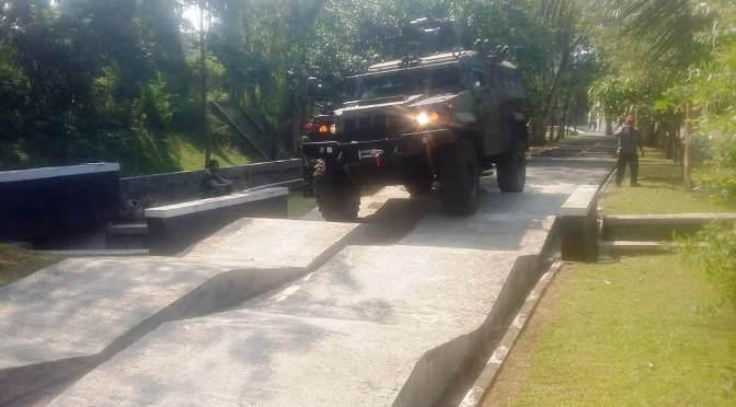 TNI AD Sertifikasi Kelaikan Kendaraan Taktis Komodo PT. Pindad