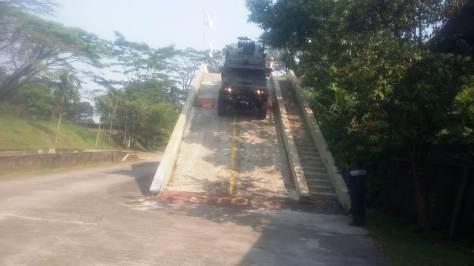 TNI AD Sertifikasi Kelaikan Kendaraan Taktis Komodo PT. Pindad 3