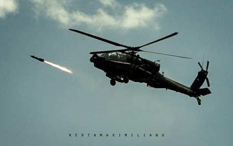 AH-64E Apache Guardian live firing 30mm gun & Hellfire Missile (rertamaximiliano) 3