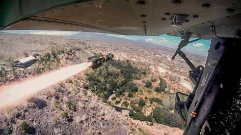 AH-64E Apache Guardian live firing 30mm gun & Hellfire Missile (rertamaximiliano) 4