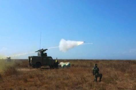 Rudal-Rudal Arhanud TNI AD Hancurkan Sasaran di Udara 1