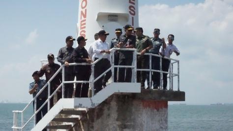 Sekjen Kemhan Laksdya TNI Agus Setiadji, S.A.P., M.A. melakukan kunjungan ke Pulau Nipa 1