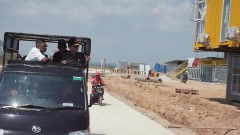 Sekjen Kemhan Laksdya TNI Agus Setiadji, S.A.P., M.A. melakukan kunjungan ke Pulau Nipa