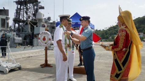 Penyambutan awak kapal perang India oleh Danlanal Sabang, Kamis (05092019). (Tribunnews)