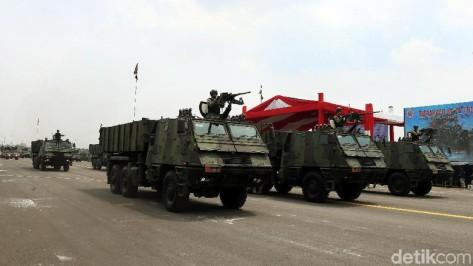 Astros 2 MK 6 turut ditampilkan dalam geladi bersih HUT ke-74 TNI yang digelar di Lapangan Udara (Lanud) Halim Perdanakusuma, Jakarta, Kamis (03102019) 1