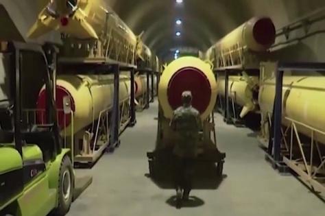 Iran memiliki gudang luas yang sarat rudal jelajah (Daily Express)
