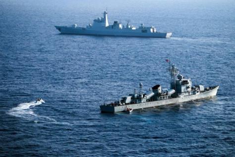 Kapal-kapal China selama latihan militer di dekat Kepulauan Paracel yang disengketakan di Laut China Selatan. (AFP)
