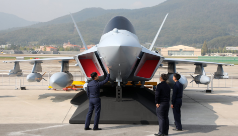 Mock-Up Pesawat Tempur KF-X Diluncurkan, Indonesia Tak Disebut (Joins) (2)