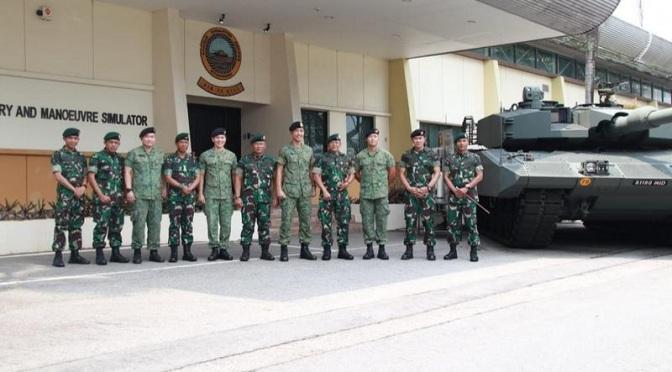 Pangkostrad Kunjungi Divisi 3 Singapura