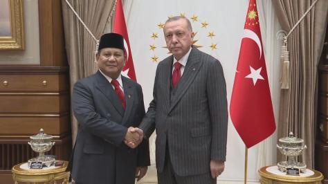 Menteri Pertahanan RI Prabowo Subianto mendapat sambutan Presiden Turki Recep Tayyip Erdogan. (28112019)