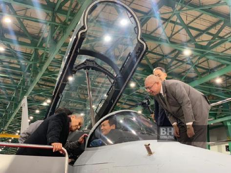 Perdana Menteri Tun Dr Mahathir Mohamad Mengunjungi Korea Aerospace Industry (KAI)