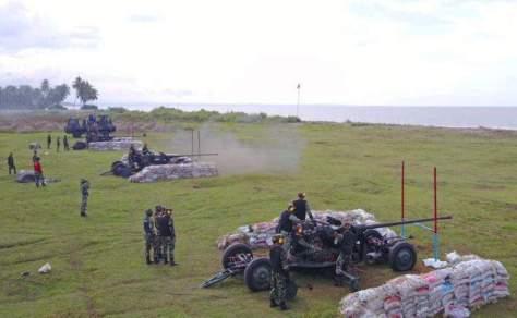 Tiga meriam 57mm AA jarak tembak efektif 6 km (Rahmat Mirza)