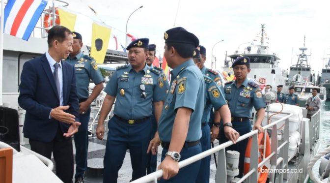 KAL dan Combat Boat Perkuat TNI AL