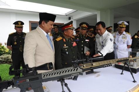 Menteri Pertahanan Republik Indonesia H. Prabowo Subianto menerima kunjungan kehormatan Menhan Laos Jenderal Chansamone Chanyalath